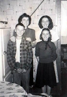 Cora and siblings 1948
