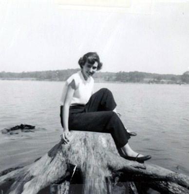 Dorothy L. Amara photos