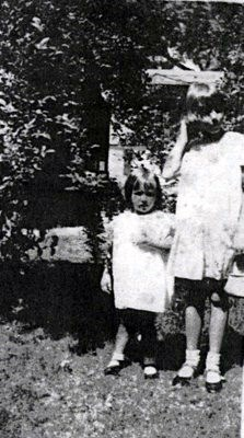 Mom with sister Colleen 1927, 9 years old